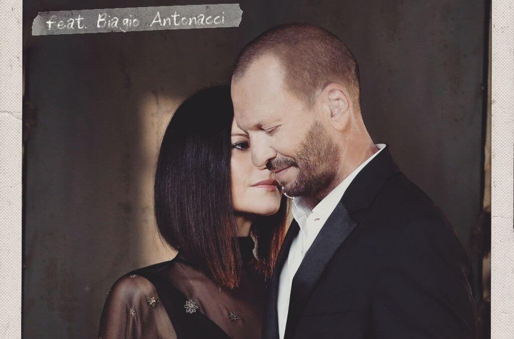 """Laura Pausini, """"Il coraggio di andare"""" feat Biagio Antonacci"""