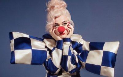"""Katy Perry: """"Smile"""" è il titolo del nuovo album"""