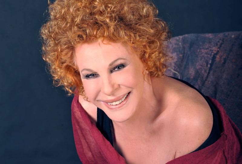 Ornella Vanoni, due raccolte di successi per festeggiare il compleanno